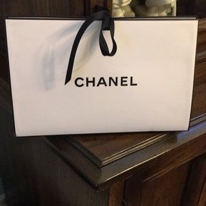 CHANEL gift 🎁 with filling
